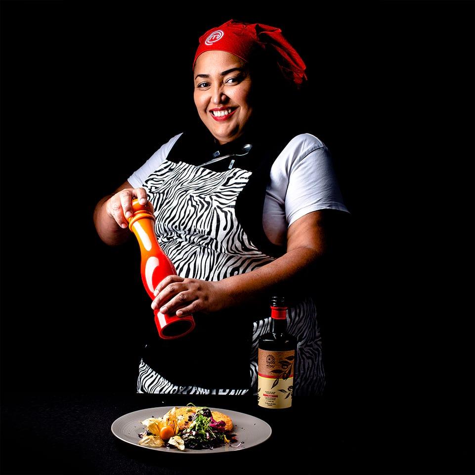 chef Yazmely Pimienta plating